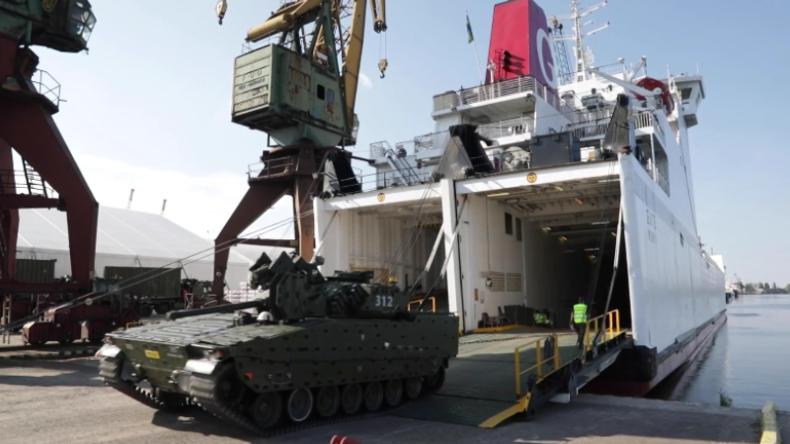 NATO-Panzer erreichen Stettin: Deutsche, niederländische und norwegische Truppen üben Abschreckung