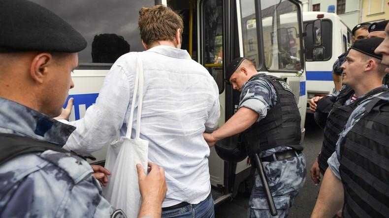 Moskau: Hunderte Festnahmen bei nicht genehmigtem Protestmarsch (Video)