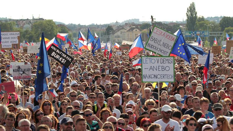 Tschechien: Druck auf Ministerpräsident Babiš nimmt massiv zu