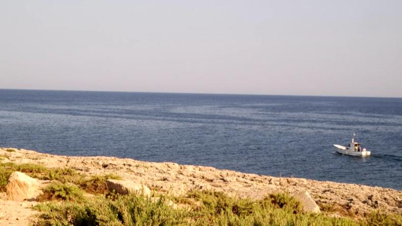 """Einheimische von Lampedusa reagieren auf die Ankunft der """"Sea-Watch 3"""""""