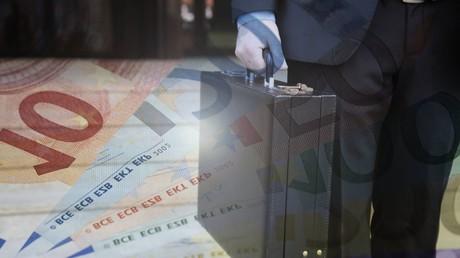 Nicht immer finanzieren sich Parteien legal: Im Zuge des CDU-Spendenskandals war von