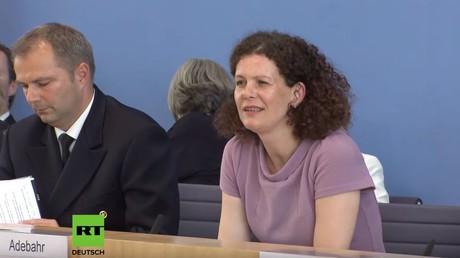 Die Sprecherin des Auswärtigen Amtes, Maria Adebahr, will in den Äußerungen von Heiko Maas keine Drohungen gegen Teheran erkennen...