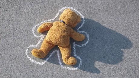 Brasilien: Lesbisches Paar tötet Sohn nach eigenhändiger Genitalverstümmelung (Symbolbild)