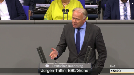 Trittin bei seiner Rede am 6. Juni im Bundestag