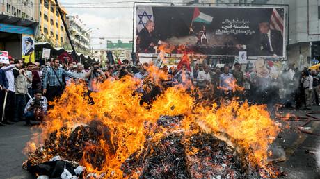 Iraner während eines Protestes anlässlich des jährlichen al-Quds Day am letzten Freitag des heiligen Monats Ramadan in Teheran, Iran 31. Mai 2019.
