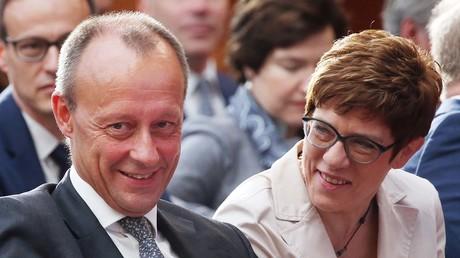 Friedrich Merz und CDU-Vorsitzende Annegret Kramp-Karrenbauer am 12. Juni 2019 bei der Deutsch-Amerikanischen Konferenz der Atlantik-Brücke in Berlin.