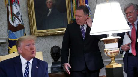 Trump, Pompeo und Bolton am Donnerstag im Oval Office des Weißen Hauses