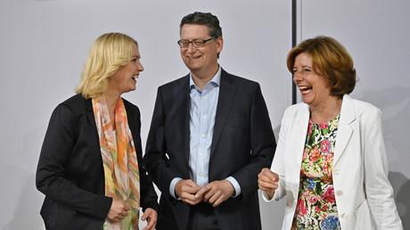 Die kommissarische SPD-Parteispitze bei der Vorstellung des Verfahrens für die Wahl der neuen Führung: Manuela Schwesig, Thorsten Schäfer-Gümbel und Malu Dreyer (v.l.n.r.)