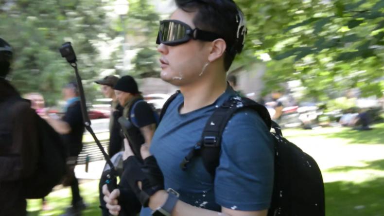 Solidarität für Journalisten nach Antifa-Angriff – Binnen 24 Stunden über 100.000 Dollar gespendet