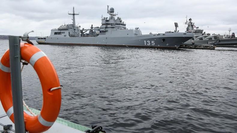 Unglück auf russischem Tauchboot: Mindestens 14 Seeleute tot
