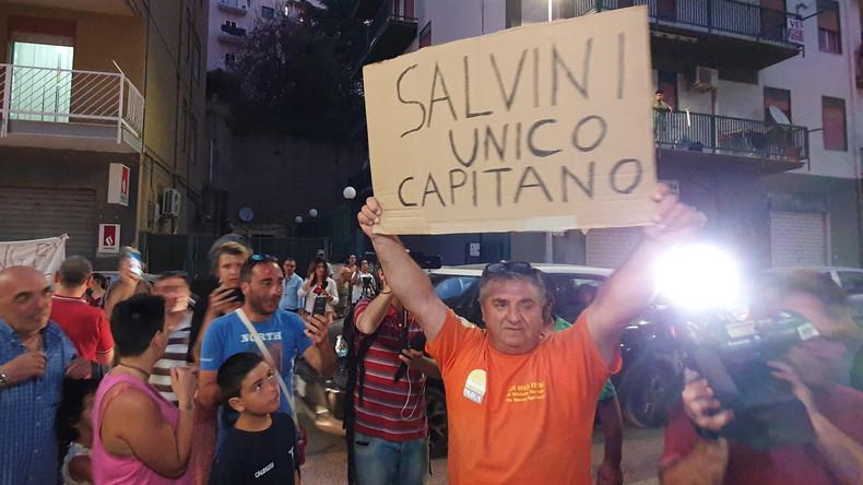 """""""Das ist Gerechtigkeit?"""" – Salvini kritisiert Freilassung von Carola Rackete"""