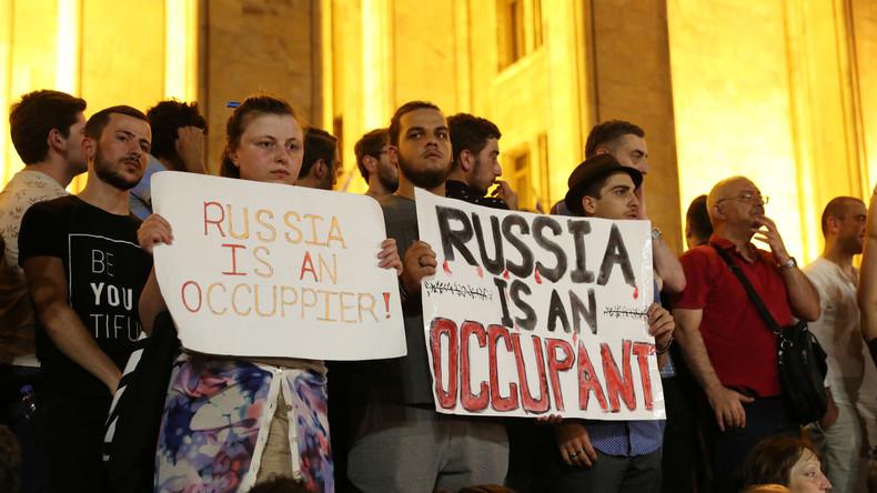 Russischer Diplomat zu Flugstopp: Russland darf Sicherheit seiner Bürger in Georgien nicht riskieren