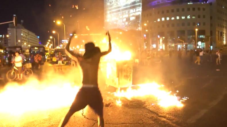 Israel: Dutzende Beamte verletzt – Heftige Proteste nach Tod eines äthiopischen Teenagers