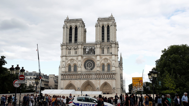 Wiederaufbau von Notre Dame: Frankreichs Geldadel lässt sich Zeit bei versprochenen Spenden
