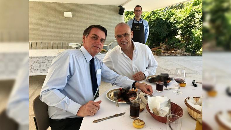 Nicht koscher: Manipuliertes Foto mit Brasiliens Staatschef und Israels Botschafter sorgt für Häme