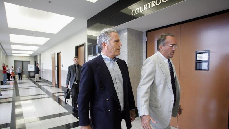 Kindesmissbrauch - Aufgefrischte Vorwürfe im Fall Epstein werden gegen Trump gerichtet (Video)