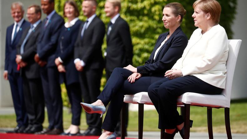 Nach Zitterattacken: Kanzlerin Merkel absolvierte Begrüßungszeremoniell im Sitzen