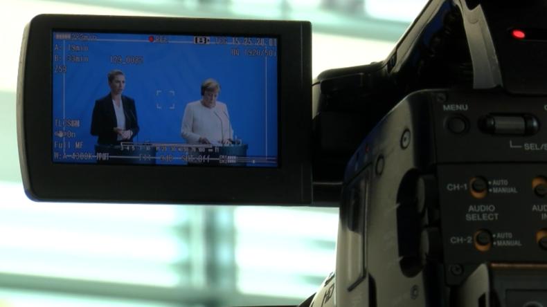 Merkel kritisiert Behandlung von der Leyens durch die Europaabgeordneten