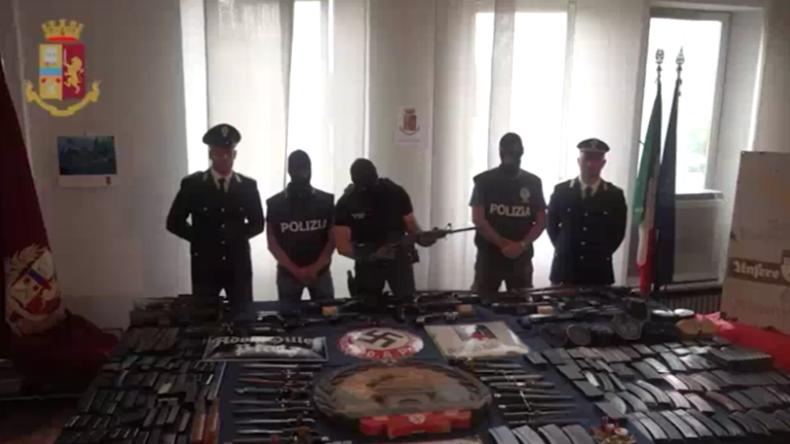Italien: Rechtsradikales Waffenarsenal ausgehoben – Mainstream verdreht Geschichte