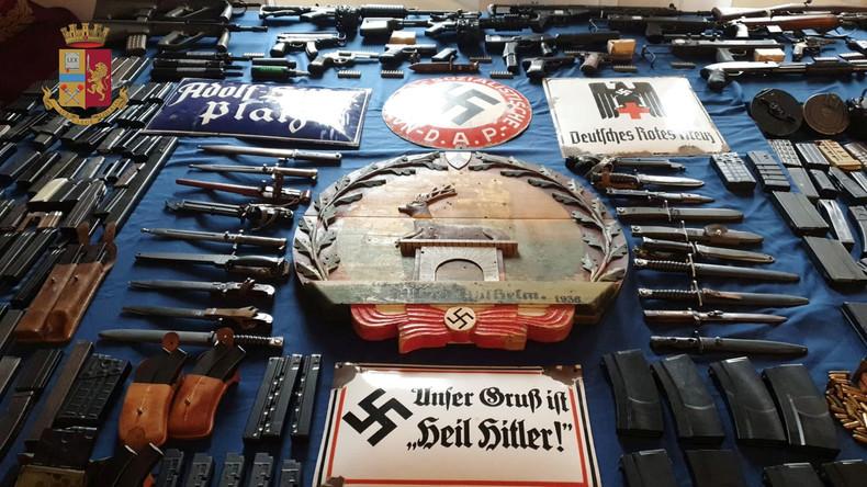 Nach Waffenfund in Italien: Rechtsextremisten stehen ukrainischem Asow-Regiment nahe