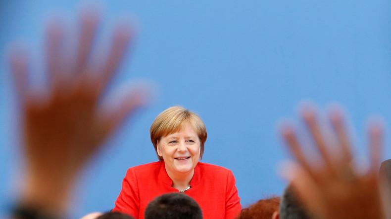 LIVE: Bundeskanzlerin Angela Merkel gibt letzte Pressekonferenz vor ihrem Urlaub