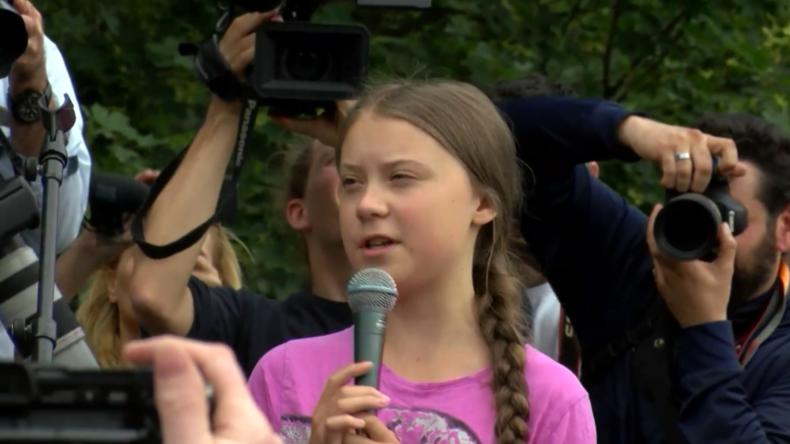 """Deutschland: Thunberg verspricht bei Klimademo in Berlin, """"nie aufzugeben"""""""