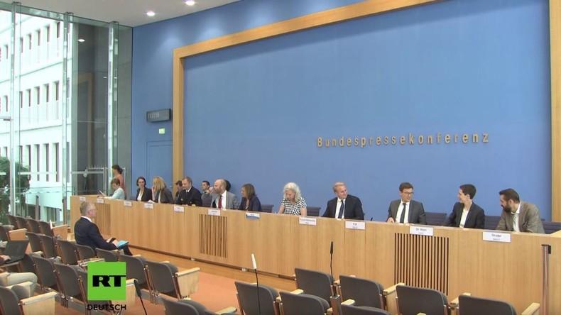 Bundespressekonferenz zur Tanker-Affäre: Ein Lehrstück zum bigotten Umgang mit dem Völkerrecht