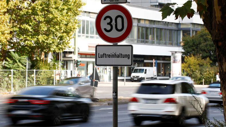 Berlin beschließt Dieselfahrverbote und Dutzende Tempo-30-Abschnitte