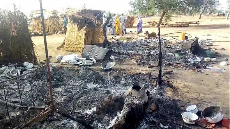 Terrorgruppe Boko Haram tötet mindestens 65 Menschen bei Angriff auf Begräbnisprozession in Nigeria