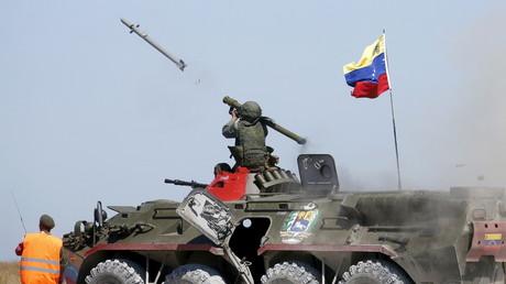 Russland will die militärische Kooperation mit Venezuela ausbauen. Bild zeigt venezolanische Soldaten bei den