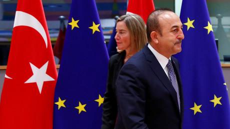 Der türkische Außenminister Mevlüt Çavuşoğlu zeigt sich unbeeindruckt von den neuen EU-Sanktionen.