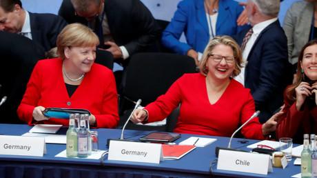 Bundeskanzlerin Angela Merkel, Umweltministerin Svenja Schulze und die chilenische Umweltministerin Maria Carolina Schmidt Zaldivar, Berlin, Deutschland, 14. Mai 2019.