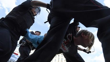 Protestdemo gegen Wahlausschluss von Oppositionellen in Moskau: Mehrere Festnahmen
