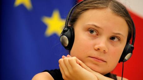 Die schwedische Umweltaktivistin Greta Thunberg am 23. Juli 2019 während einer Debatte mit französischen Parlamentsmitgliedern in der Nationalversammlung in Paris, Frankreich.