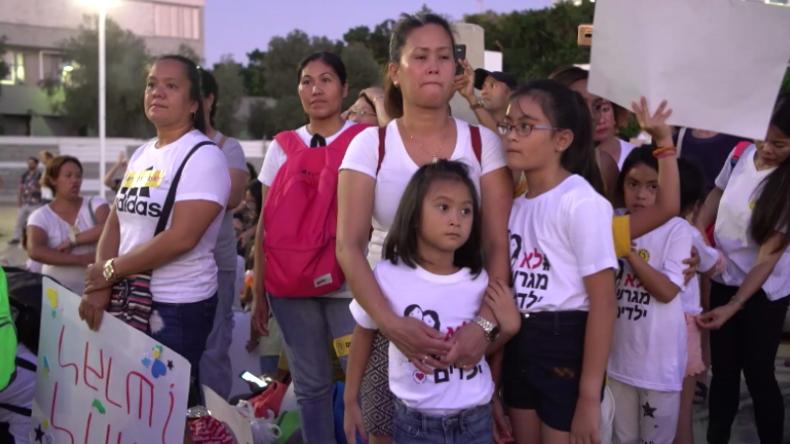Israel: Tausende protestieren gegen Abschiebung von Hilfsarbeitern und deren Kindern in Tel Aviv