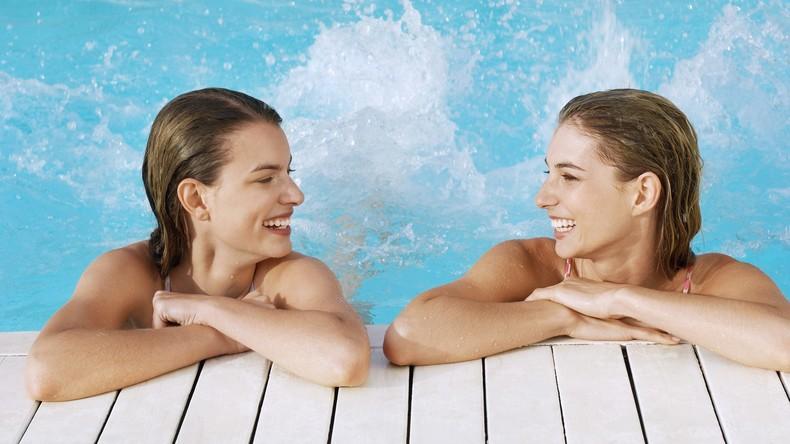 Barcelona gegen Geschlechterdiskriminierung: Frauen dürfen in Schwimmbädern busenfrei schwimmen