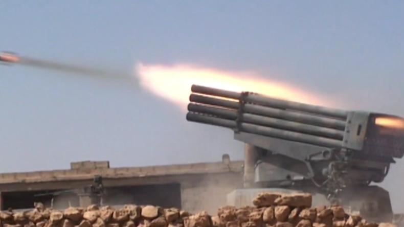 Syrien: SAA setzt militärische Operationen in der Provinz Hama fort