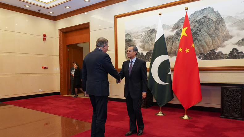 Gute Freunde: Pakistanischer Außenminister besucht China inmitten des Kaschmirkonflikts