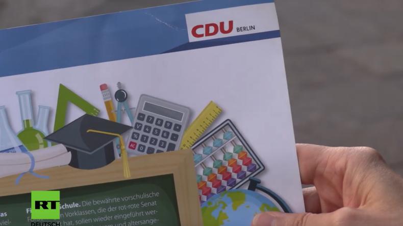 CDU und SPD verteilen Wahlwerbung an Erstklässler