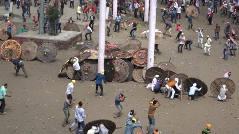 """Indien: Über 100 Verletzte nach religiösem Festival """"Wir bewerfen uns gegenseitig mit Steinen"""""""