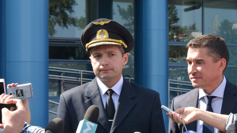 """Putin: Piloten von Ural Airlines werden """"Helden Russlands"""""""