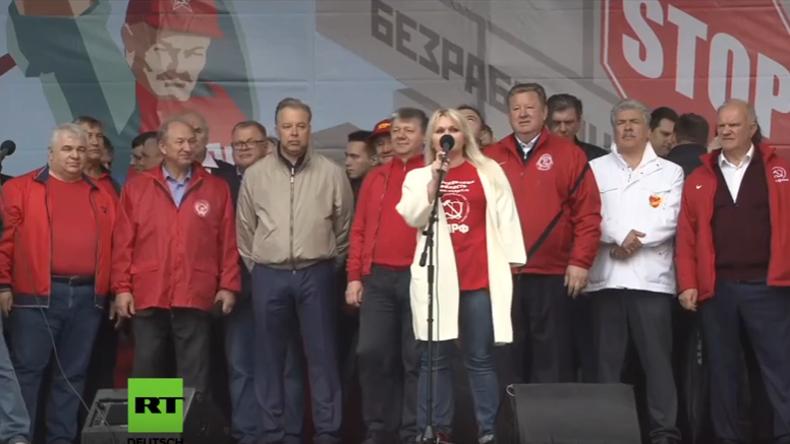 LIVE: Unterstützer der abgelehnten Kandidaten für die Kommunalwahl demonstrieren in Moskau