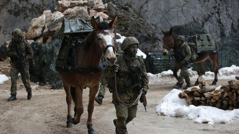 Als Anerkennung: Gratis-Bahnfahrten für Soldaten in Uniform beschlossen