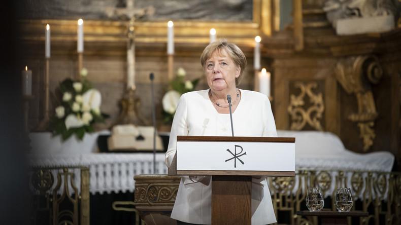 LIVE: Merkel und Orban geben gemeinsame Pressekonferenz – Gedenken an Paneuropäisches Picknick