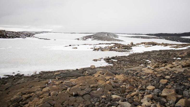 """Erstes Opfer des Klimawandels: Isländer nehmen Abschied von """"totem Gletscher"""""""