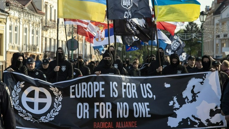 """Held des nationalen Widerstands"": Ukrainische Nazis verbreiten Manifest des Christchurch-Killers"