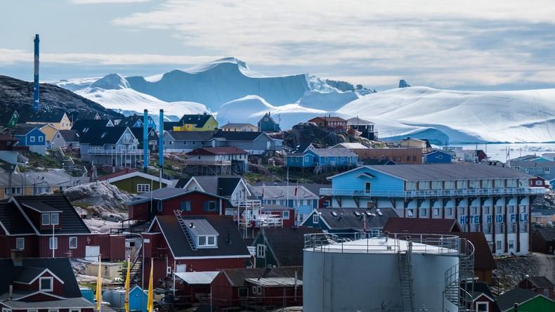 """Grönland-Streit: Trump sagt Staatsbesuch in Dänemark nach """"boshafter"""" Aussage ab (Video)"""