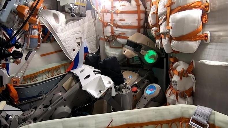 Russisches Raumschiff mit menschenähnlichem Roboter an Bord verfehlt ISS