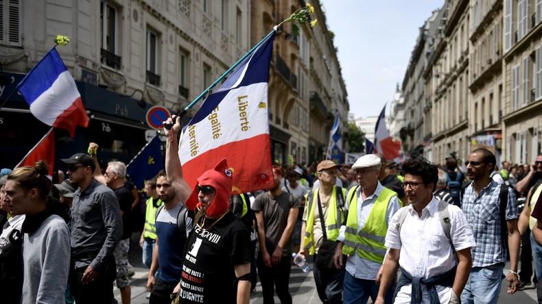 LIVE: Gelbwesten-Protest in Paris zum Auftakt des G7-Gipfels in Biarritz