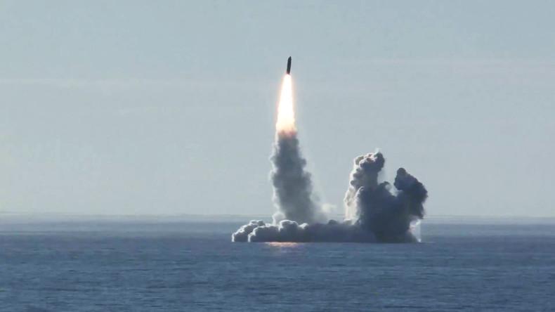Russland testet seegestützte Bulawa- und Sinewa-Raketen